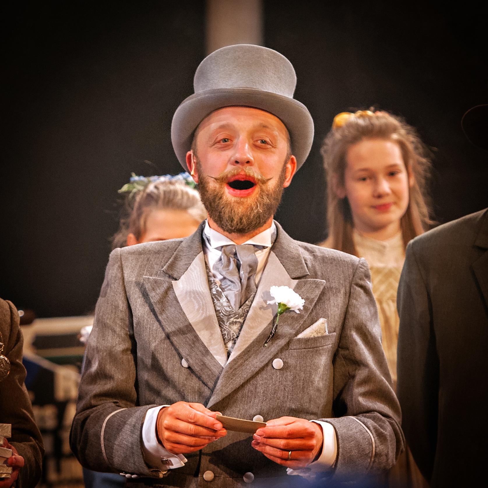 Michael Lambourne as The Old Gentleman credit Anthony Robling (2)