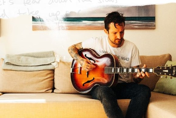 Try This At Home: Frank Turner in conversation with Ian Winwood