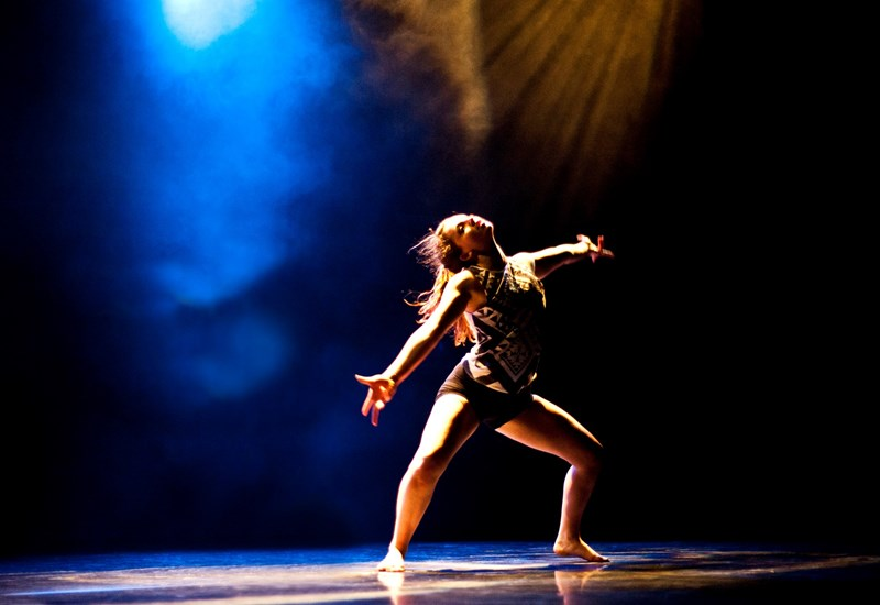 Online Somerset Graduate Dancers: Contemporary with Drum